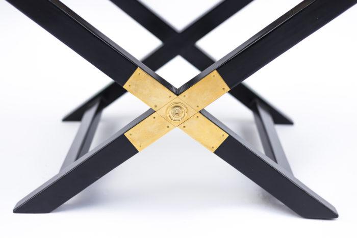 fauteuil ployant laqué noir croisement doré piètement