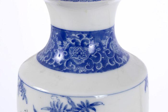 lampe porcelaine japon décor anneau bleu rinceaux