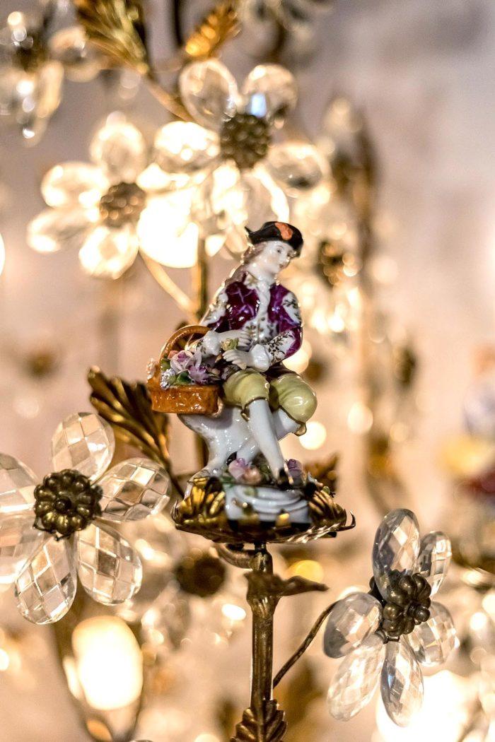 capodimonte porcelain chandelier young man