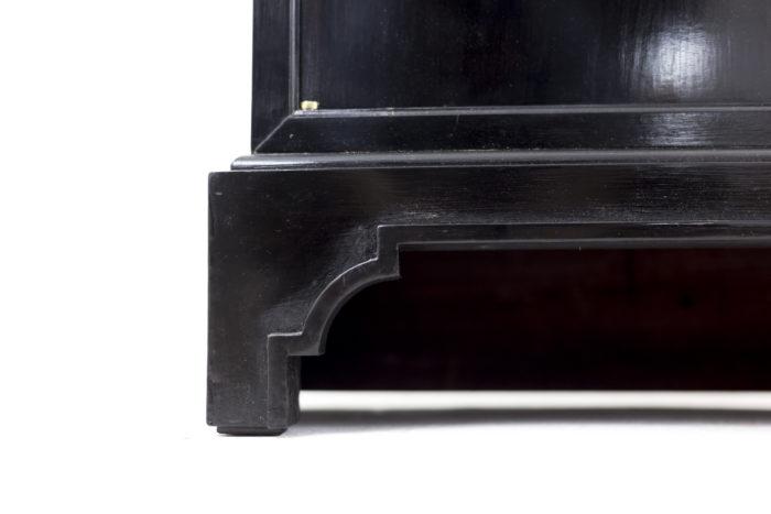 black lacquered buffets leg