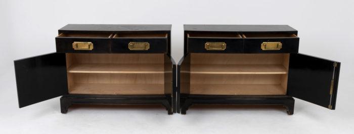 paire buffets laqués noir chinoisants tiroirs ouverts