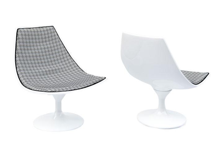 pair white armchairs tulip leg 70s prcpl