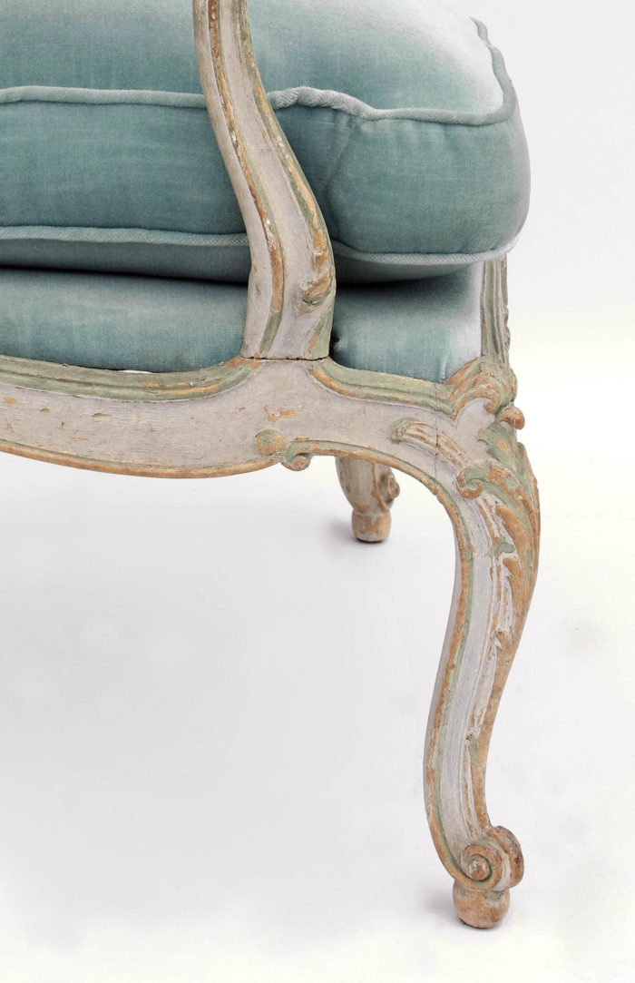 paire fauteuils louis xv chassis pied