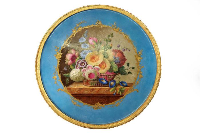 plateau guéridon bleu celeste sevres bouquet de fleurs