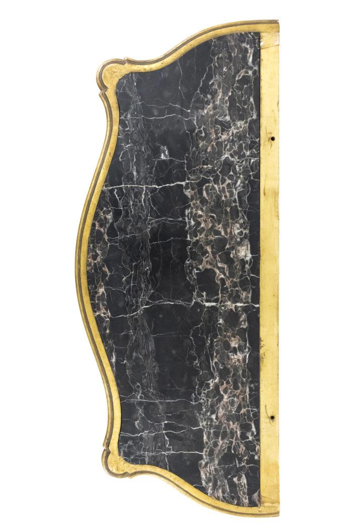 console laquée dorée marbre noir blanc rose