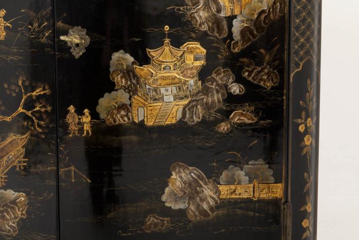 encoignure style louis xv décor pagodes personnages