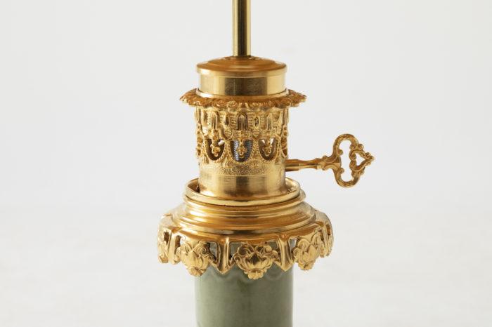 lampe céladon bronze doré cartouches