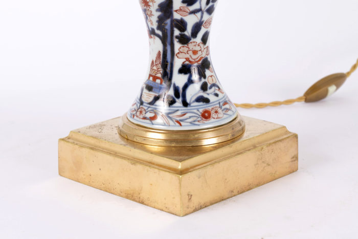 lampe imari base carrée bronze doré