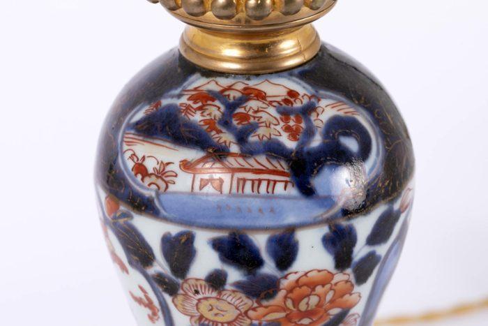 lampe imari haut fût pagode