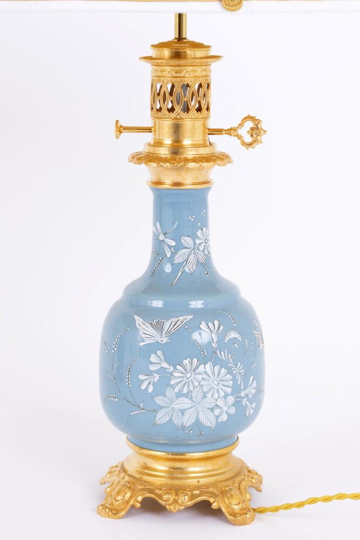 lampe porcelaine bleue émaux blancs entier