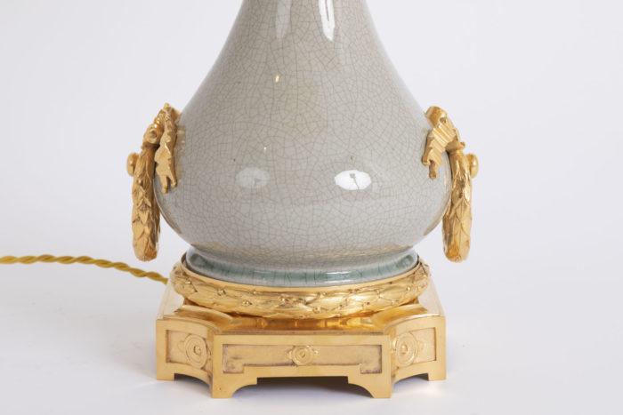lampe porcelaine craquelée bas bronze doré