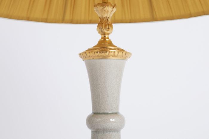 lampe porcelaine craquelée feuilles d'acanthe