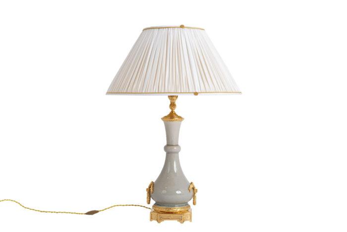 lampe porcelaine craquelée style louis xvi prcpl