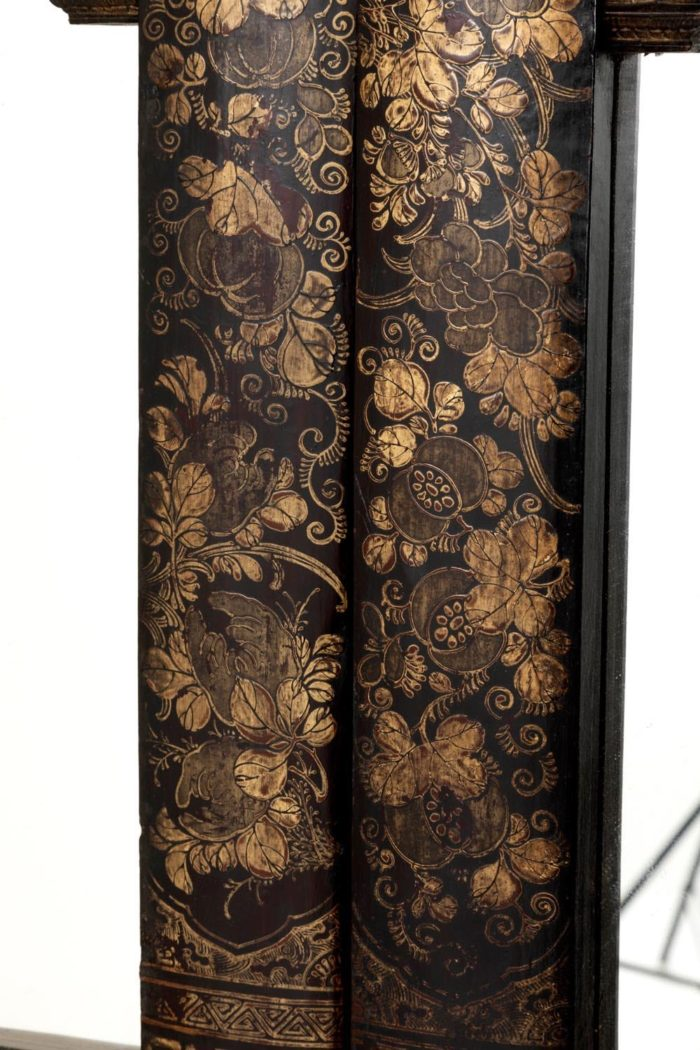 porte laque chinoise décor or fleurs feuillages