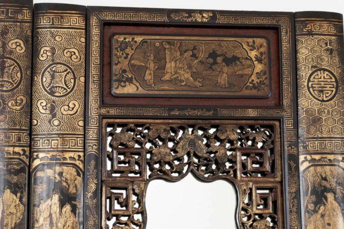 porte laque chinoise haut miroir motifs ajourés et cartouche