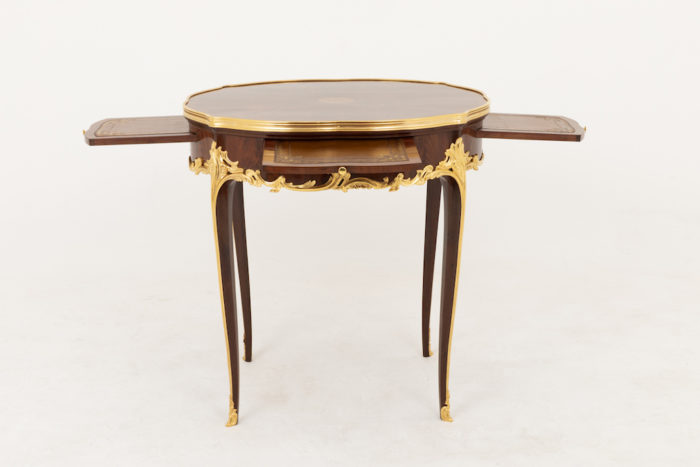 table bouillotte style louis xv face tirettes sorties