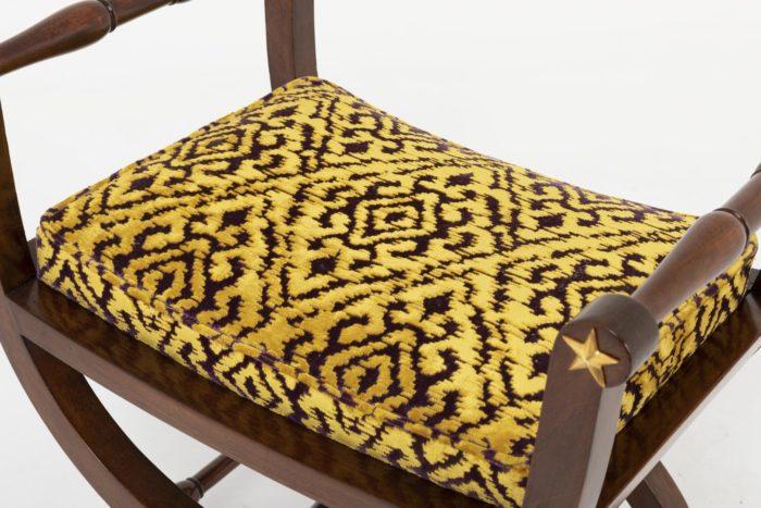 tabourets curule style empire tissu jaune noir