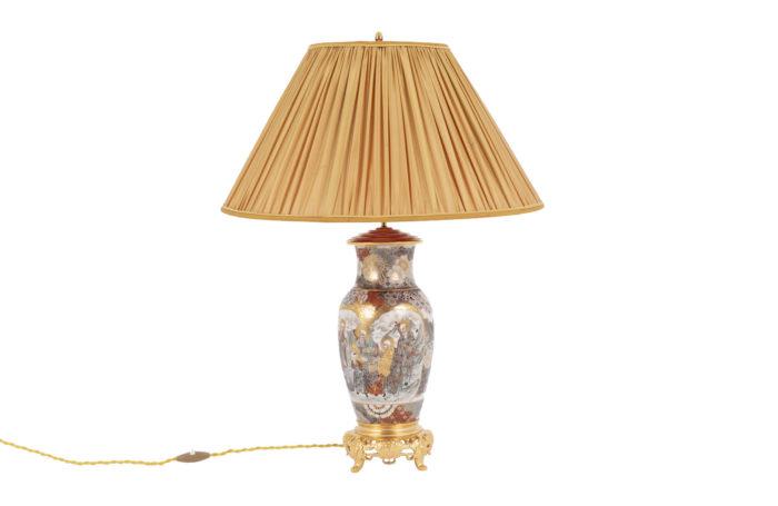 satsuma earthenware lamp main