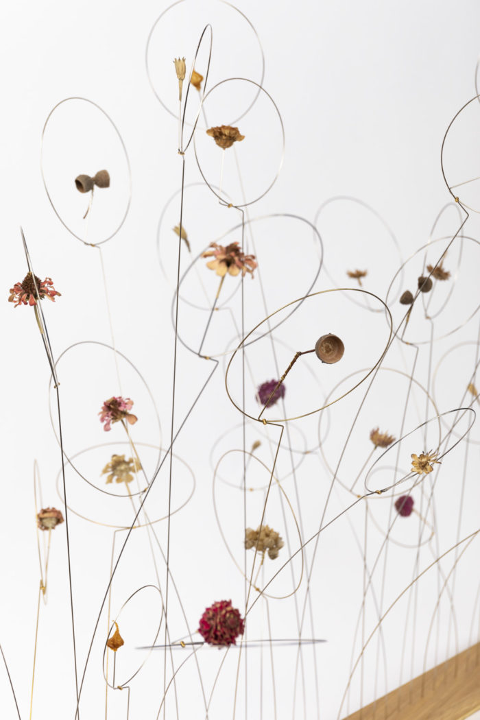 christel sadde détail fleurs ronds