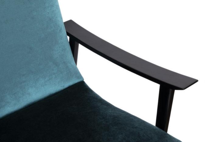 fauteuil scandinave velours bleu accotoir