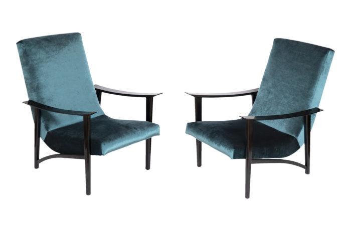 paire fauteuils scandinaves velours bleu arne hovmand olsen
