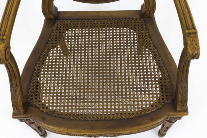 fauteuil style louis xvi assise cannage