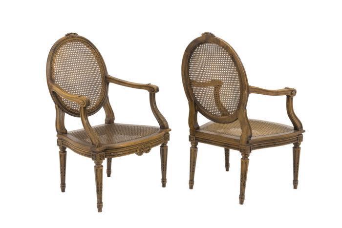fauteuils style louis xvi noyer cannage