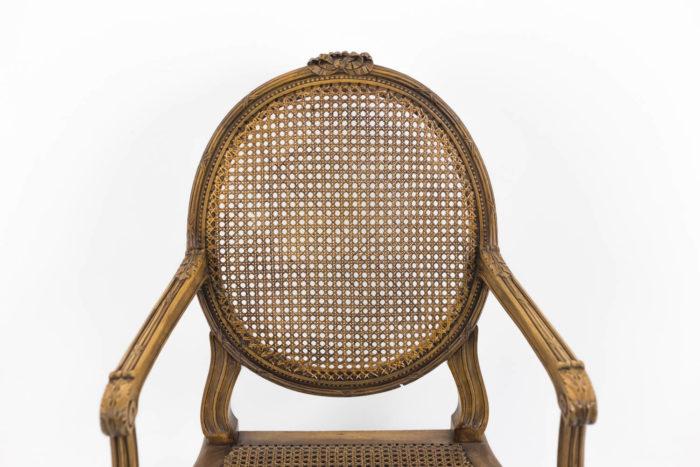fauteuils style louis xvi dossier médaillon canné