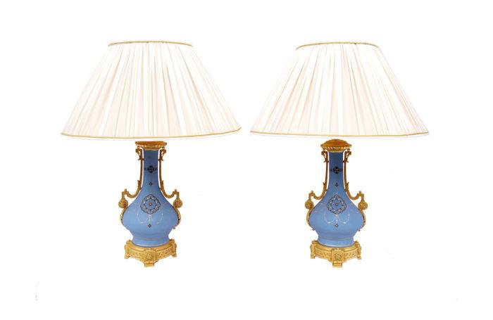 lampes porcelaine mat bleues pcple