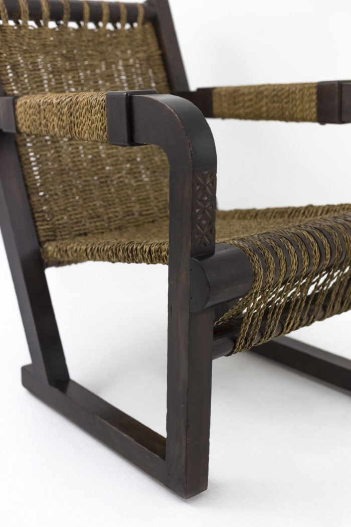 fauteuil art déco pitchpin corde accotoir gravé