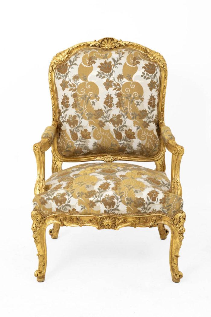 fauteuil style louis XV bois doré face