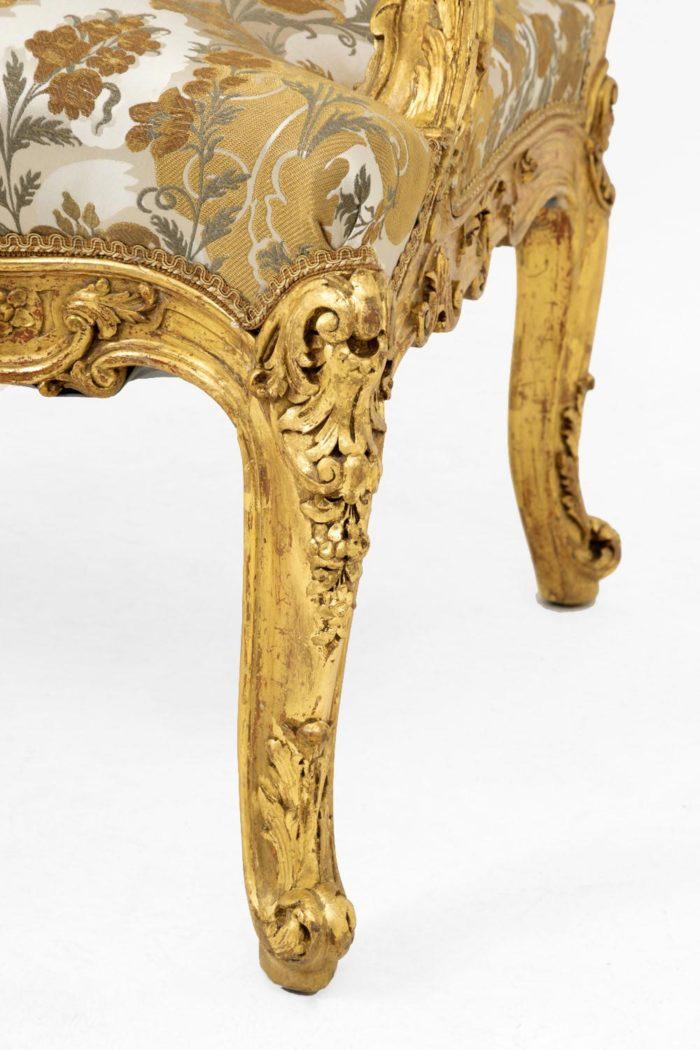 fauteuil style louis XV pied galbé