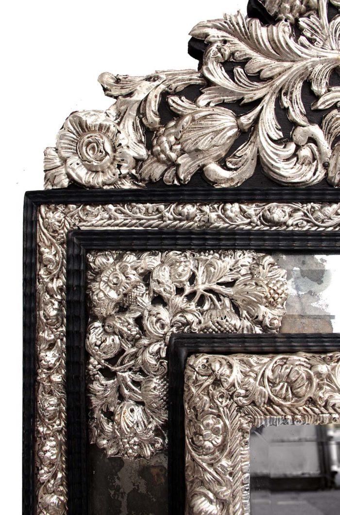 miroir style régence laiton repoussé écoinçons