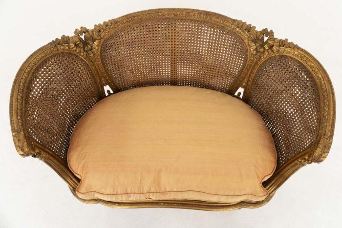 canapé style louis xvi bois doré canné assise coussin