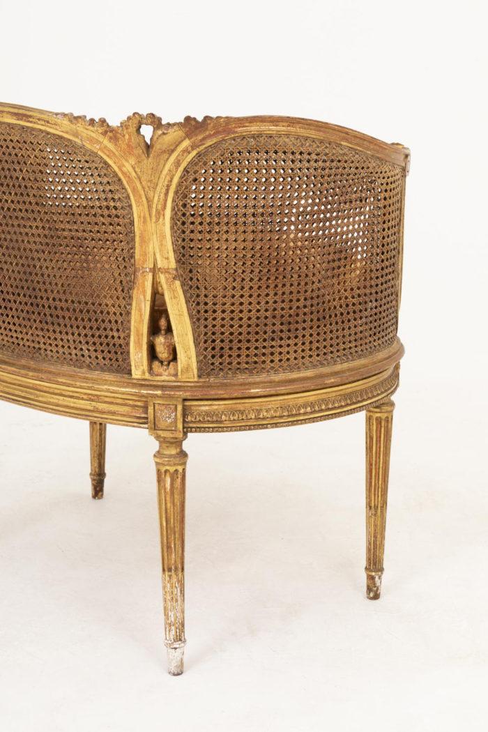 canapé style louis xvi bois doré canné dos detail