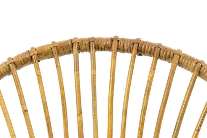 fauteuil rotin detail dossier ajouré