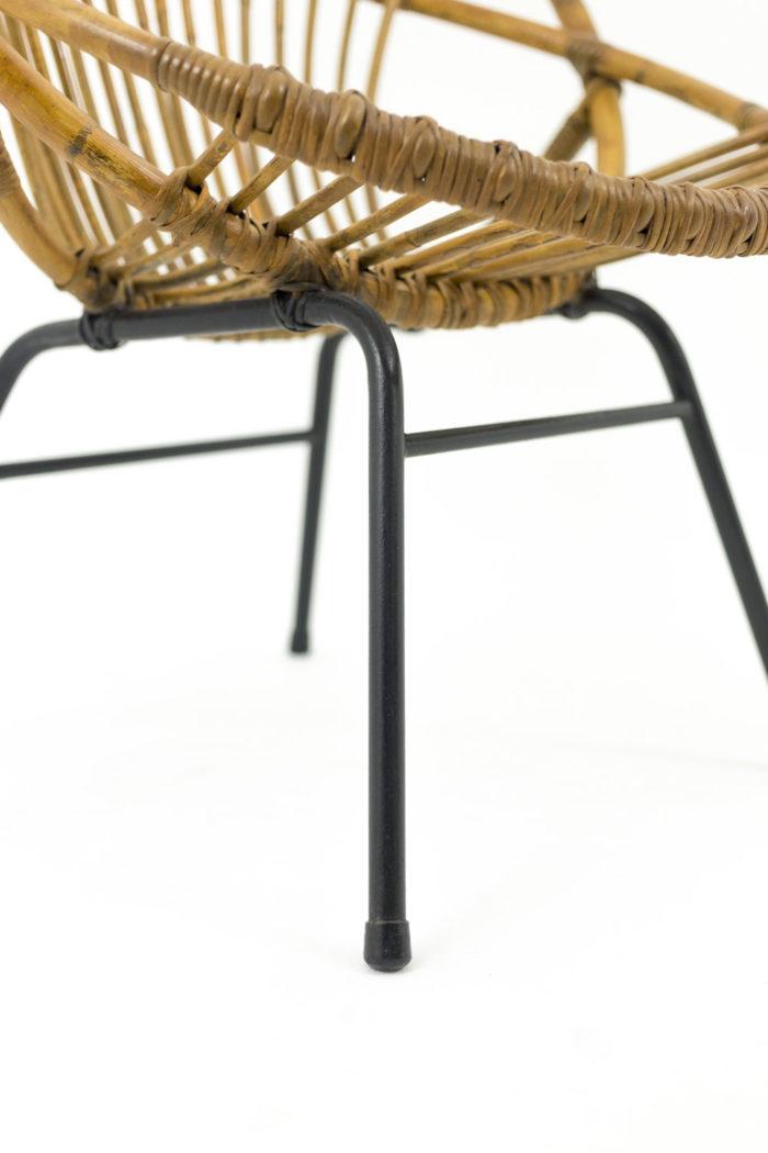 fauteuil rotin pied metal tubulaire noir