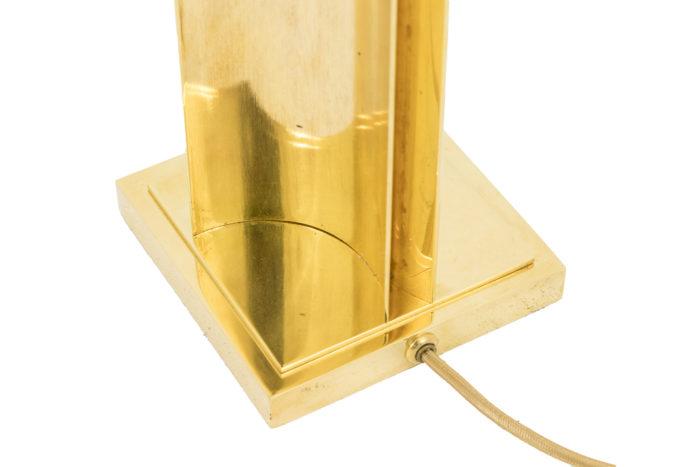 lampe moderne laiton doré fut geometrique detail base