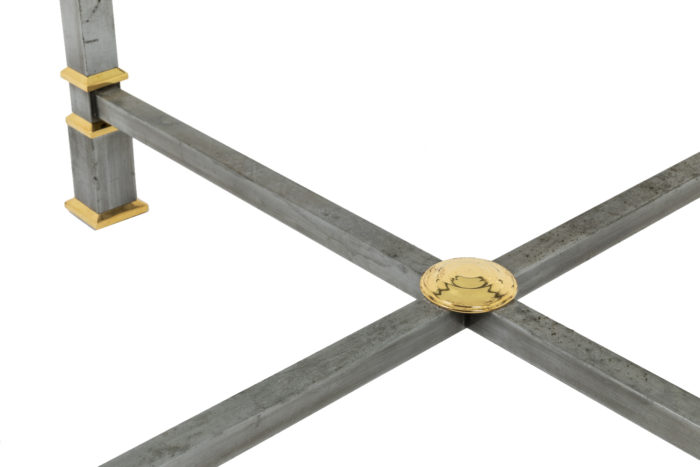 table metal brosse plateau verre circulaire piètement detail
