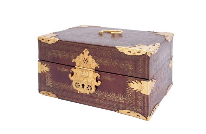 leather box marquise sevigne main