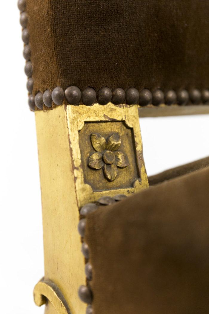 fauteuil style louis xvi a oreilles bois doré fleurette