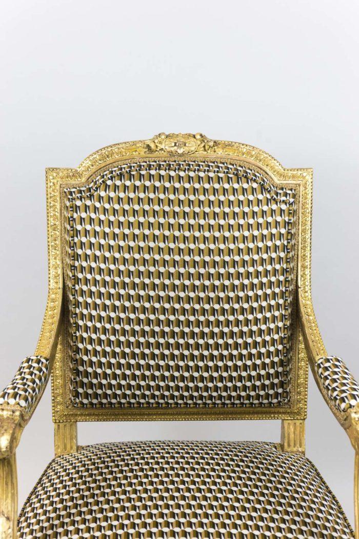 fauteuil style louis xvi bois doré dossier