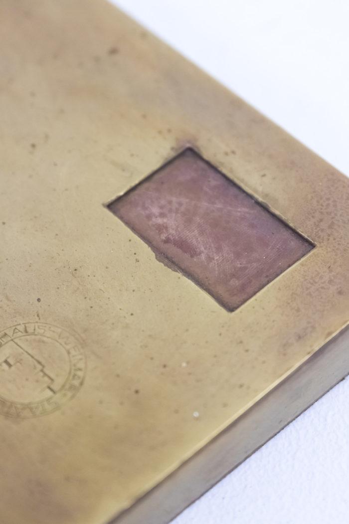 lampe bauhaus laiton cuivre detail base 2