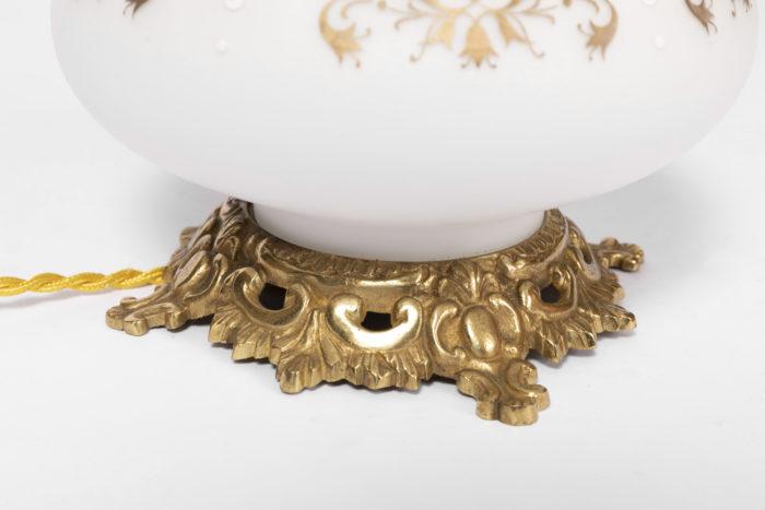 lampes opaline blanche base bronze doré