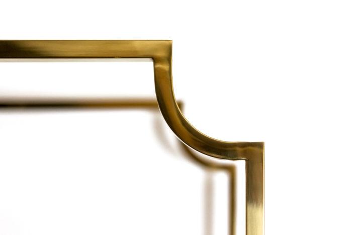 étagère laiton doré angle coupé