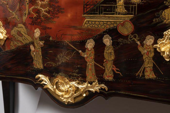 commode style louis xv cul de lampe bronze doré