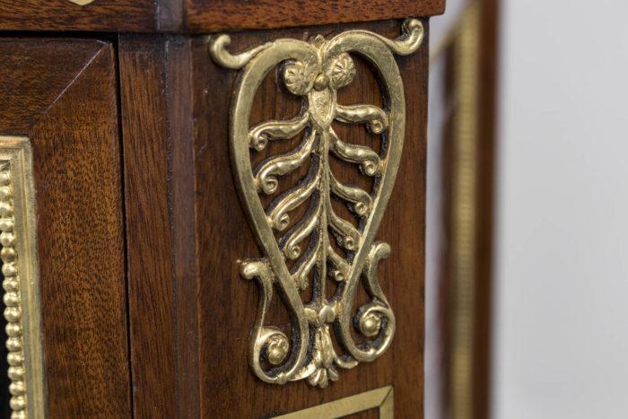 commode style louis xvi plaque bronze doré