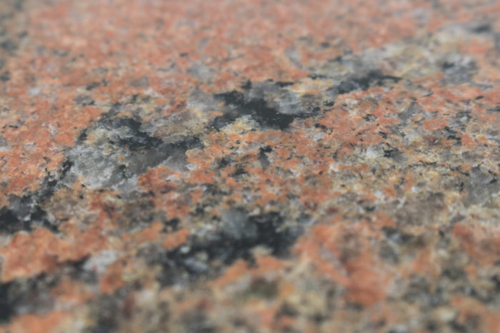 table plateau granit rose
