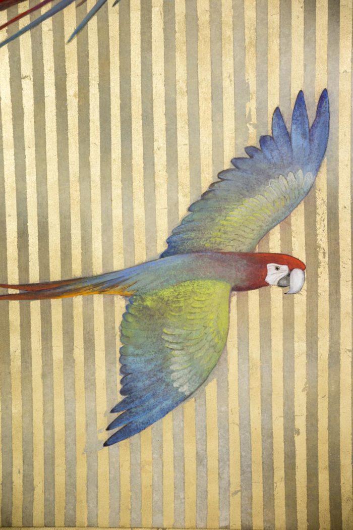 toile peinte perroquet volant