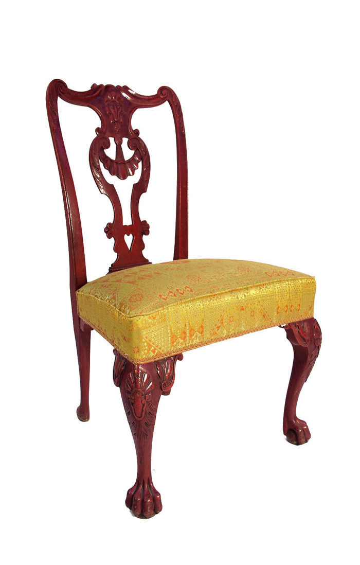 chaise-chippendale-laque-rouge-angle